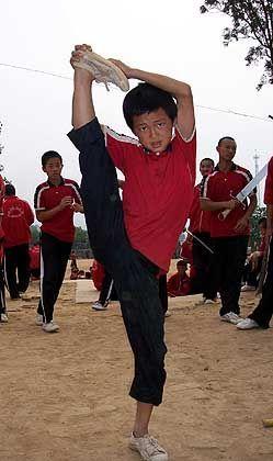 Kung-Fu-Schüler Liu Jianwen: Entschlossen in den Spagat
