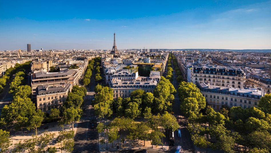 Paris: Knall über der Stadt ging auf Kampfjet zurück