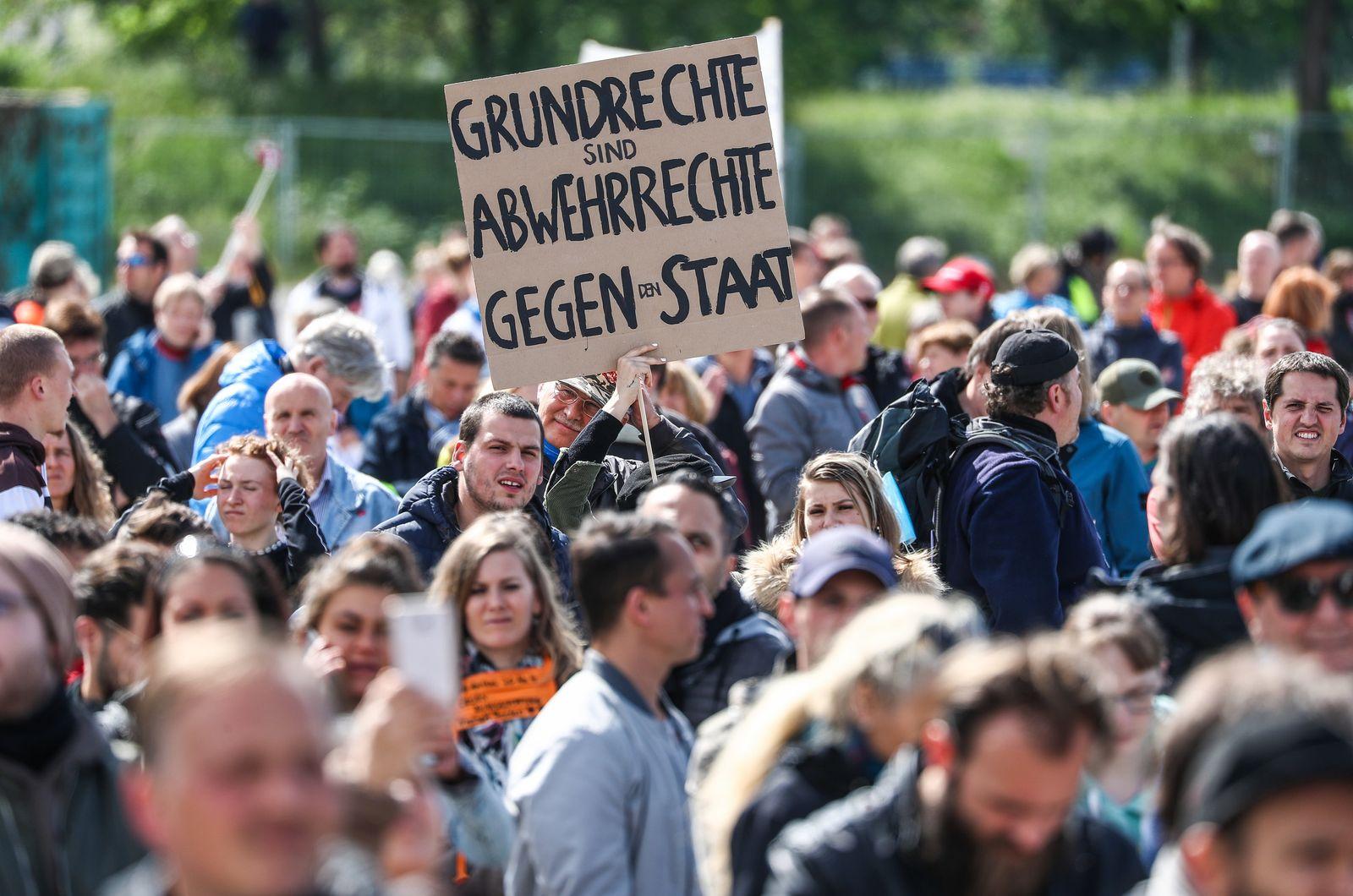 "Protestkundgebung der Initiative ""Querdenken"""