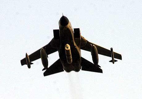 Tornado-Kampfflugzeug: Einsatz im Ernstfall als Transportmaschine für Atombomben