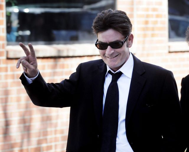 Charlie Sheen: Du verseuchte kleine Made - DER SPIEGEL