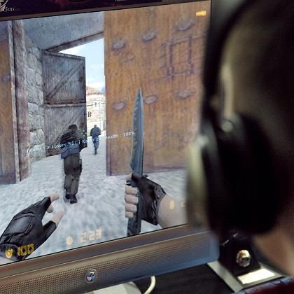 """Players of """"Counter Strike"""" take the roles of either terrorists or counter-terrorists who have to eliminate each other."""