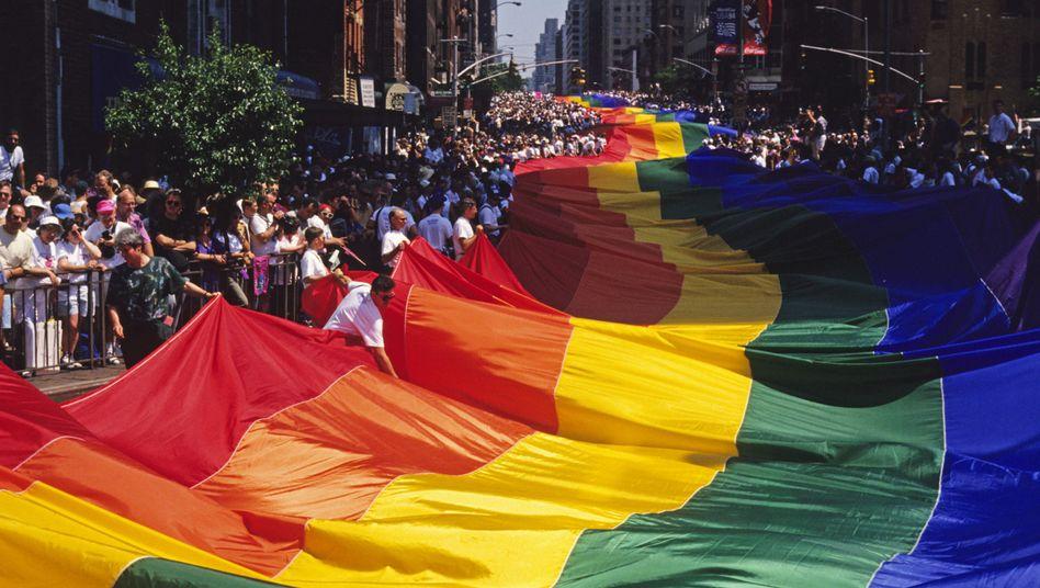 New York Juni 1994: Tausende gehen für die Rechte Homosexueller auf die Straße