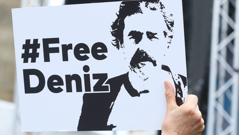 Demonstration in Berlin am Tag der Pressefreiheit