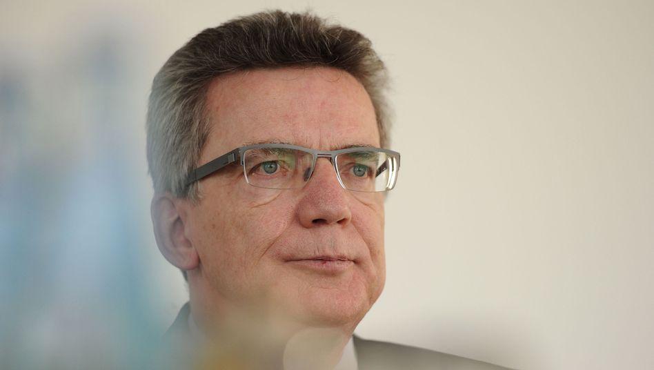 """Verteidigungsminister de Maizière: """"Der Ton macht die Musik"""""""