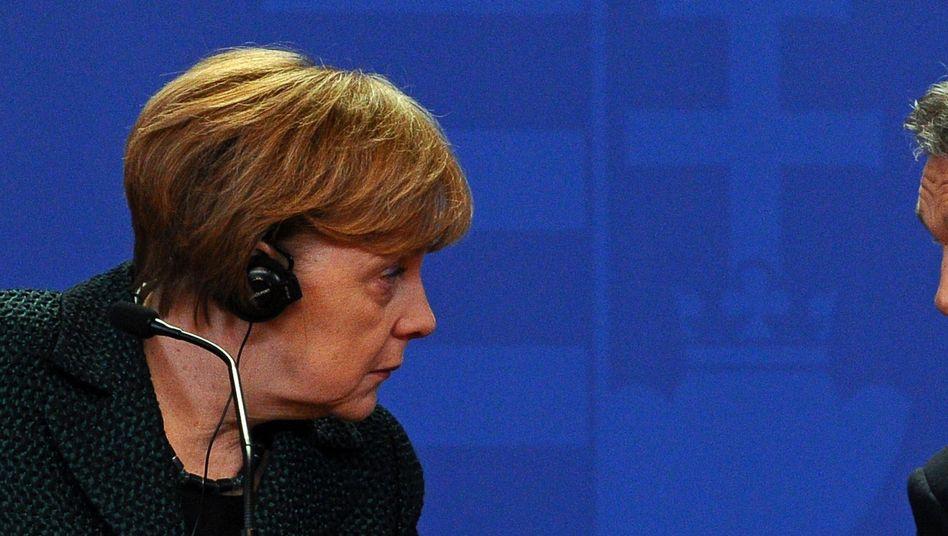 Besuch in Ungarn: Merkel spricht undeutlich