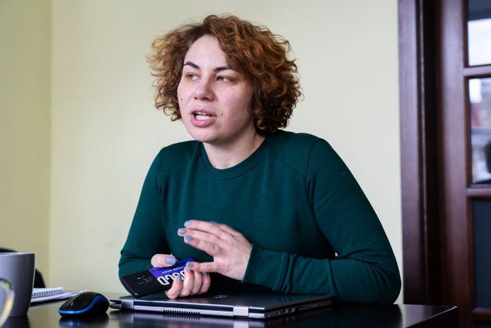Kateryna in ihrem Büro