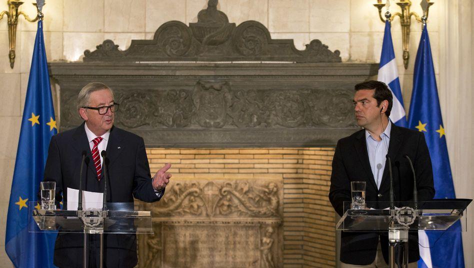 Jean-Claude Juncker beim Treffen mit Alexis Tsipras in Athen
