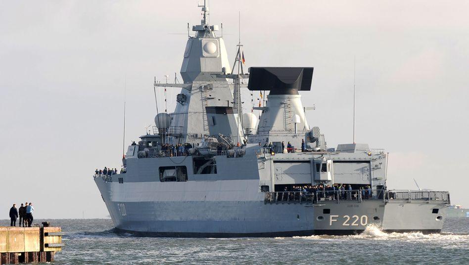 Fregatte der Klasse F124 in Wilhelmshaven: Das Schiff könnte schon bald im Mittelmeer kreuzen