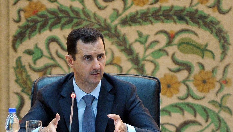 Präsident Assad: Mehrere wichtige Vertreter seines Regimes sind schon geflohen