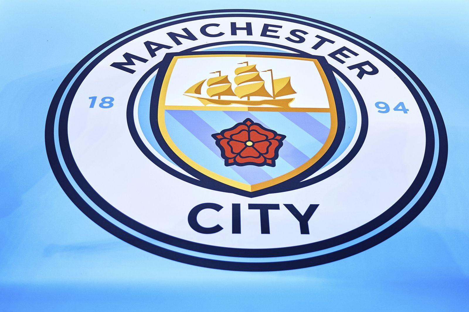 Manchester City entgeht Transfersperre nach Verpflichtung Minderjähriger -  DER SPIEGEL
