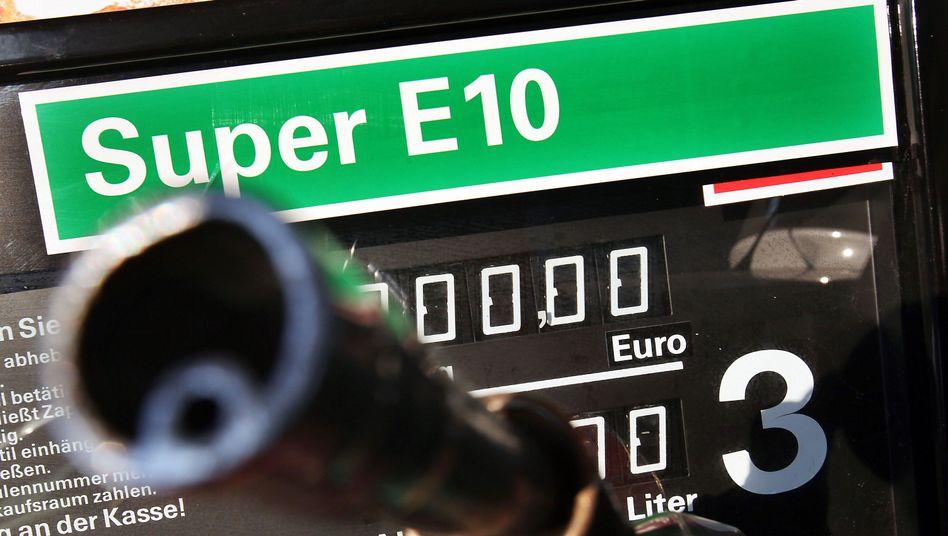 Zapfsäule für E10: Nur noch zwei Cent billiger als Superbenzin E5