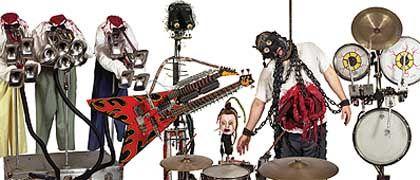 """Maschinenband """"Captured! By Robots"""", Sänger Vance im Sado-Maso-Kostüm: """"Die Roboter sagen, ich sehe so besser aus"""""""