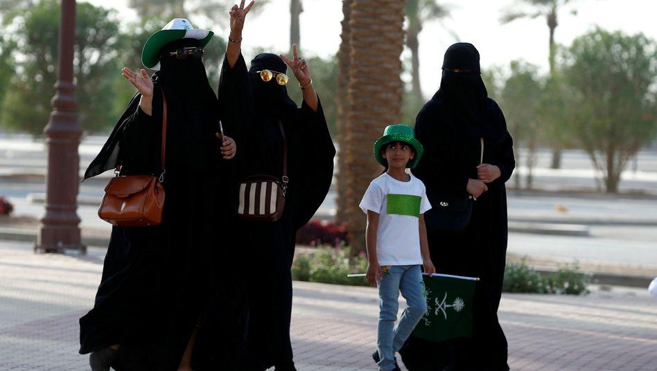 Frauen in Saudi-Arabien (Symbolbild)