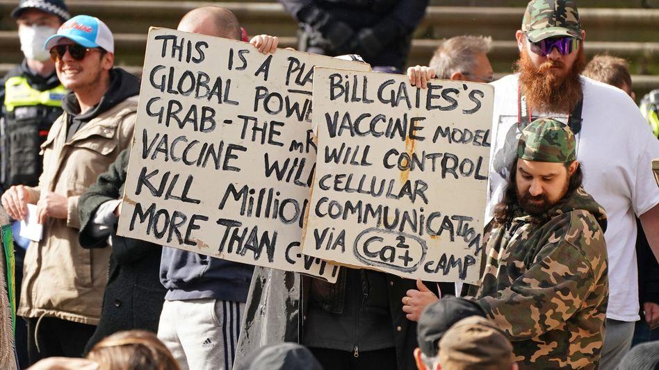 Impfgegner in Australien: Wer behauptet, Corona werde durch 5G-Strahlung verursacht, fliegt von Googles Plattform
