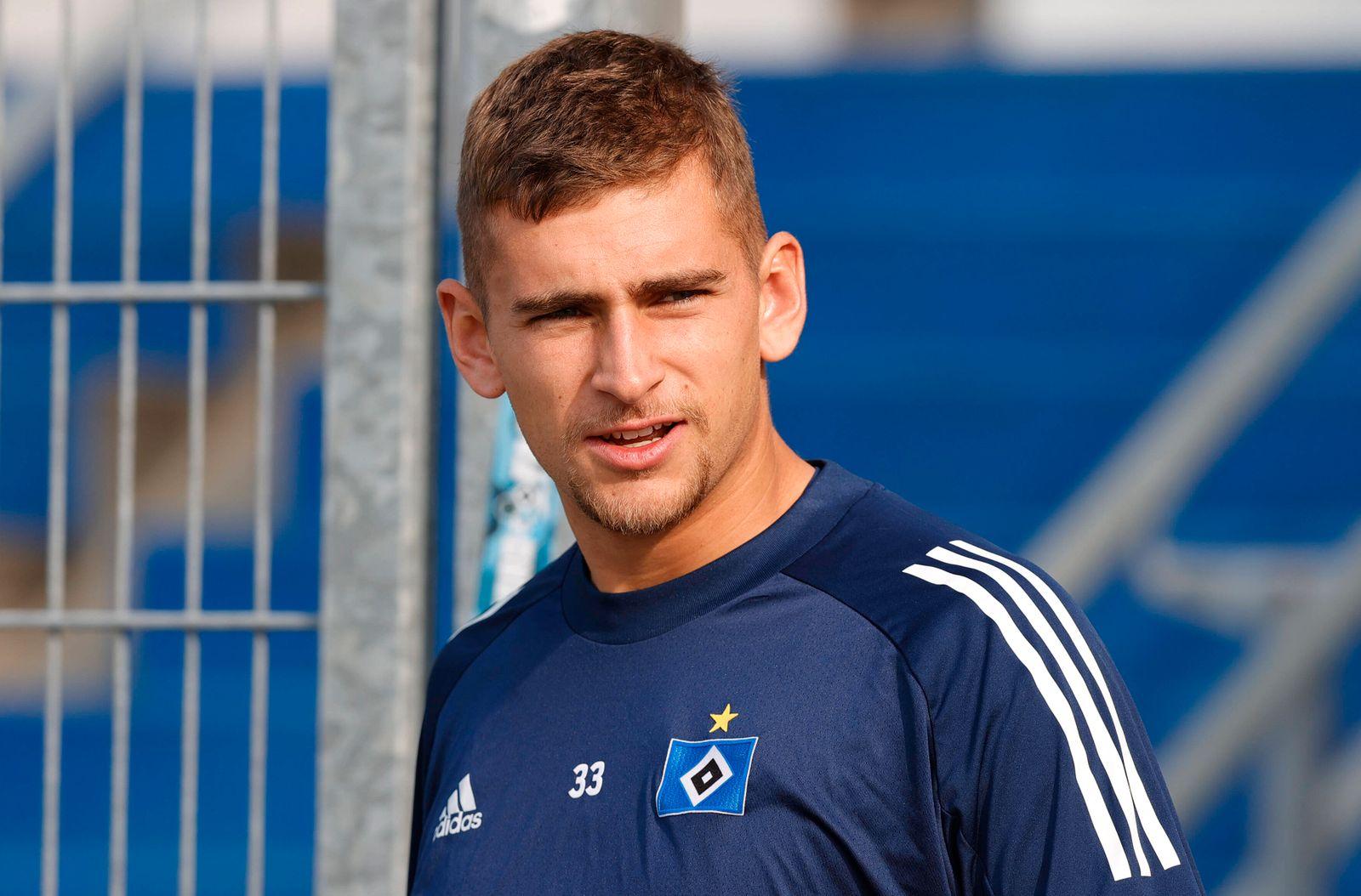 Hamburger SV Training Hamburger SV Training 11.09.2020 am Volksparkstadioin Julian Pollersbeck (Hamburger SV) *** Hambu