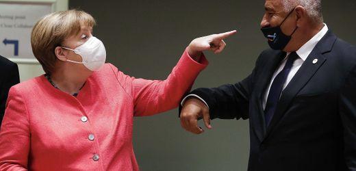 Angela Merkel und Bojko Borissow: Warum orderte die Bundeswehr Corona-Schutzkleidung bei einer Dessousfirma?