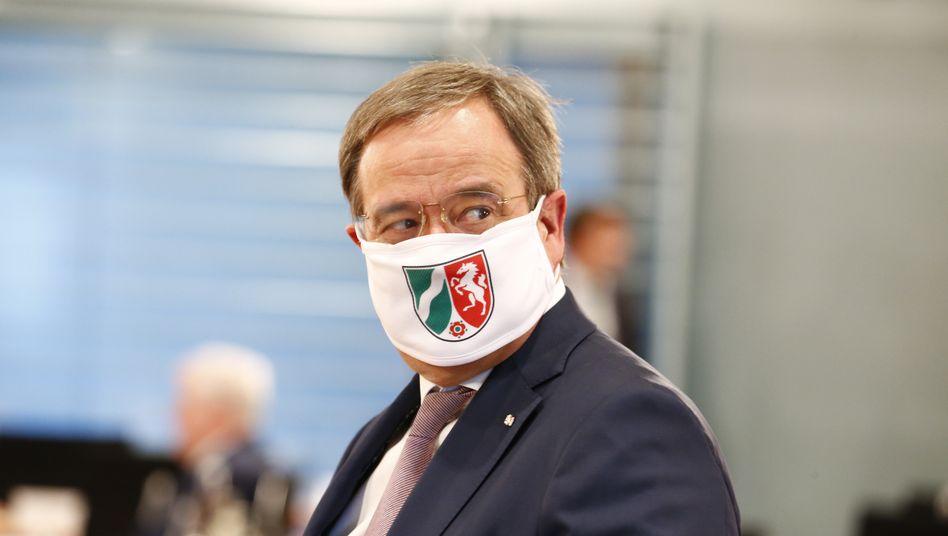 Armin Laschet verteidigte sich, entschuldigte sich aber nicht