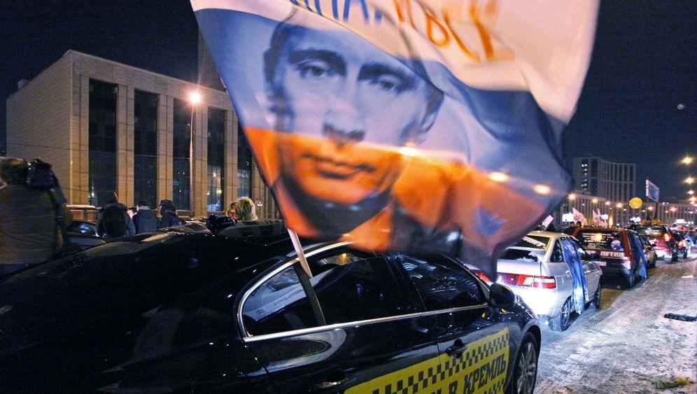 Photo Gallery: Putin Under Pressure