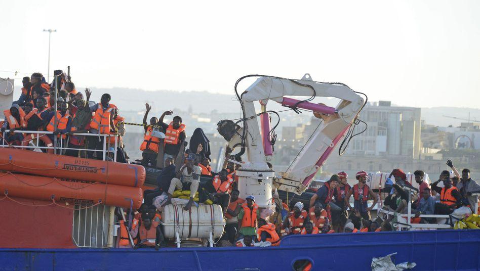 Rettungsschiff vor Malta