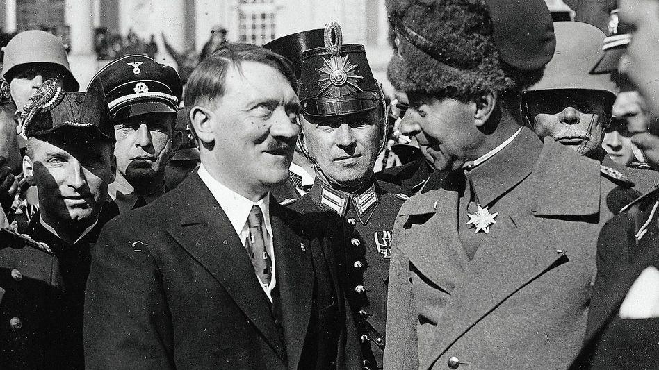 Kanzler Hitler, Ex-Kronprinz Wilhelm am 21. März 1933: Gemeinsam Macht ergreifen