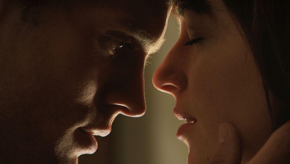 """Millionenpublikum für SM-Film: """"Fifty Shades of Grey"""" in katholischen Ländern besonders erfolgreich"""
