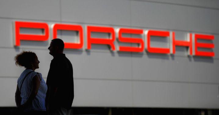 Übernahmekandidat Porsche: Platzt der Deal an Steuerforderungen?