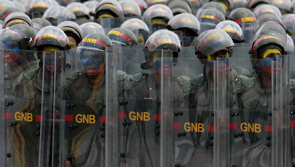 Nationalgardisten bei einer Feier zum Unabhängigkeitstag (Archiv)