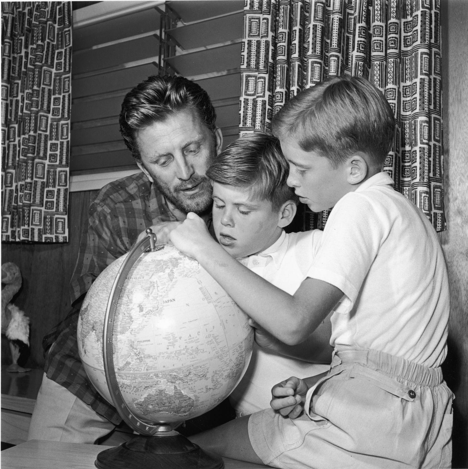 Kirk Douglas w/ Joel & Michael Douglas