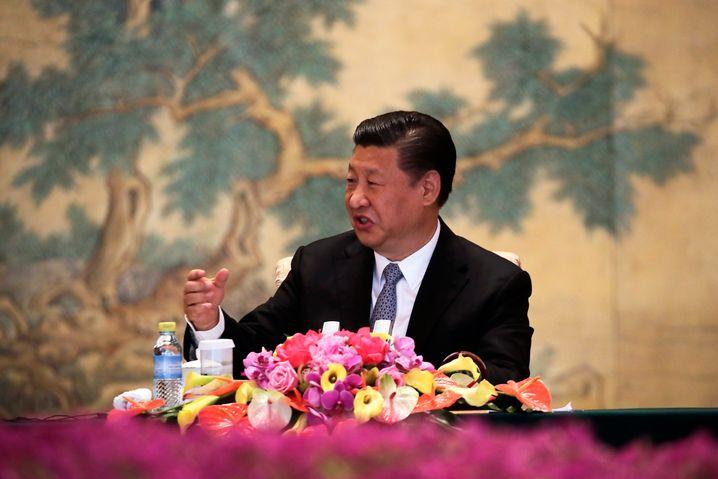 Chinas Staatschef Xi Jinping hielt Informationen zum Coronavirus zurück