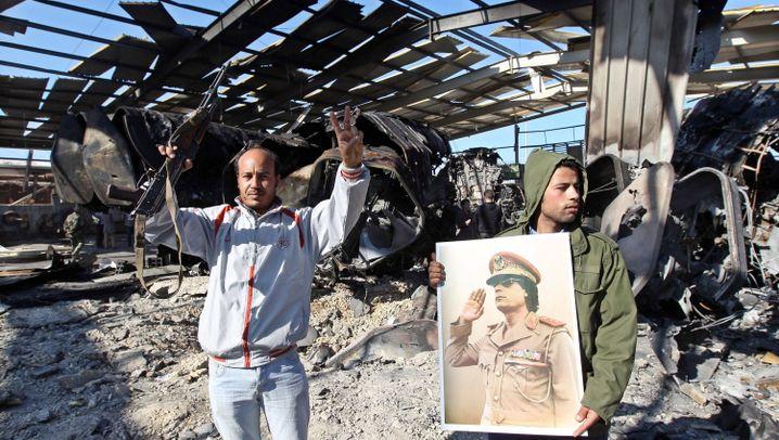 Libyen-Militärschläge: Bomben auf Tripolis und Bengasi