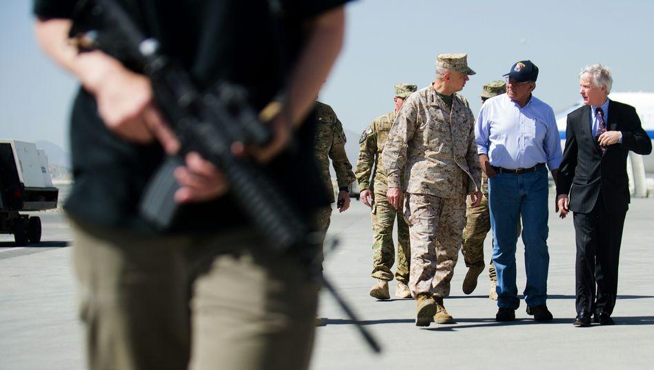 US-Verteidigungsminister Panetta in Kabul: Informationen über Taliban einholen