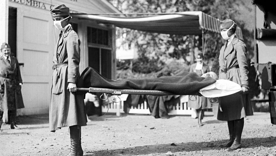Szene aus Washington D.C. während der Spanischen Grippe 1918: »Erinnerungskulturell eine erstaunlich kleine Rolle«
