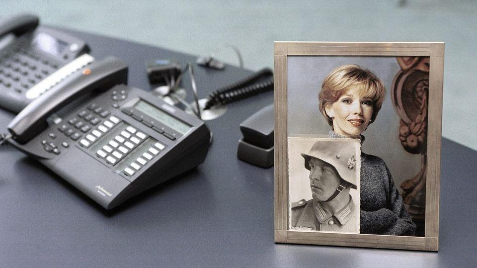Telefone von Gerhard Schröder im Kanzleramt 2001: Gibt es kompromittierende Mitschnitte seines Gazprom-Deals?