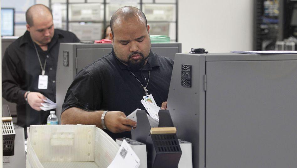Auszählung der Wählerstimmen: 74.000 Stimmen Vorsprung für Obama