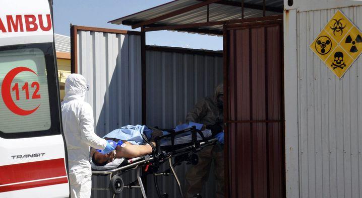 Versorgung der Opfer in der Türkei
