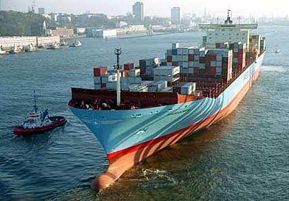 """Containerriese """"Sovereign Maersk"""" beim Einlaufen in den Hamburger Hafen: """"Da schlottern einem die Knie"""""""
