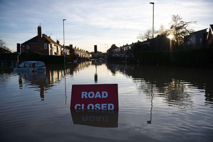 Durchfahrt verboten in York: Schilder werden knapp