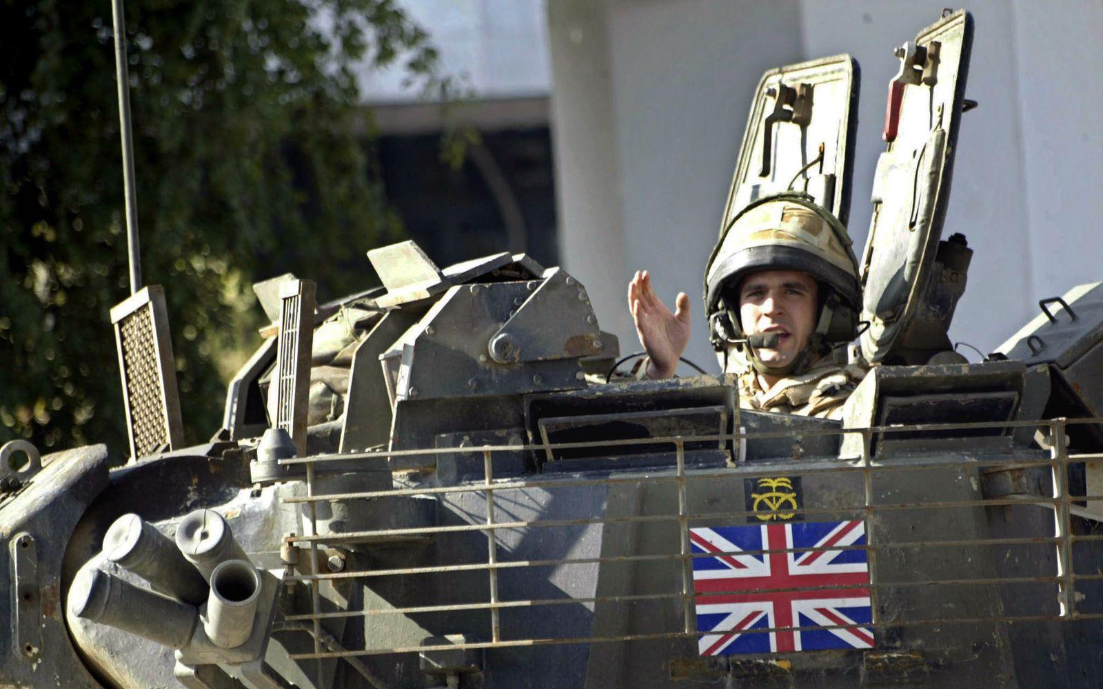 Großbritannien zieht bis Jahresende 1000 Soldaten aus dem Irak ab