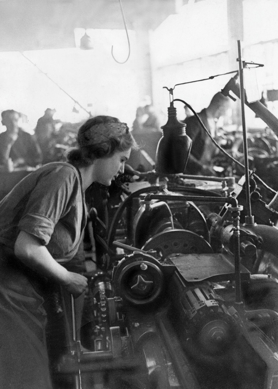 Frauenarbeit waehrend des Zweiten Weltkrieges