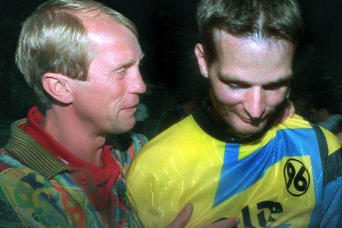 96-Torhüter Sievers: Elfmeterheld gegen Gladbach