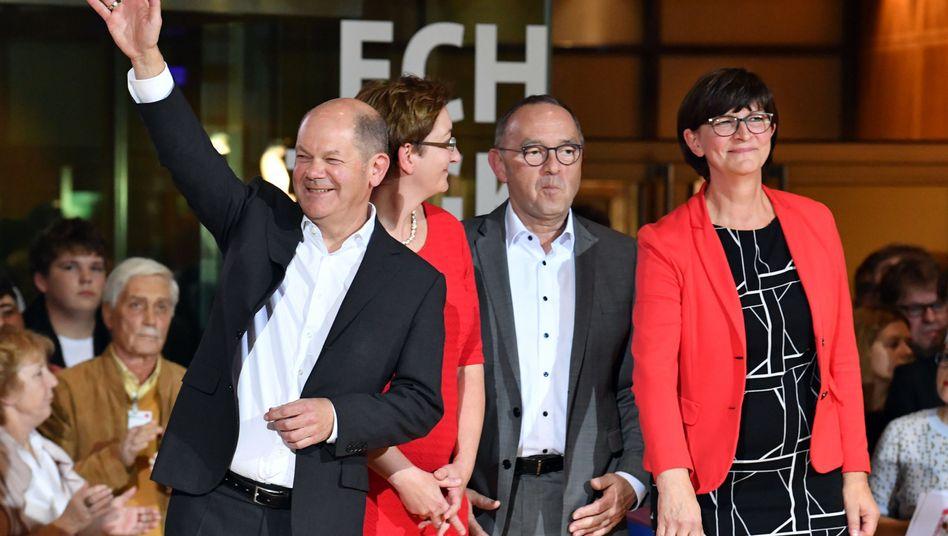 Kandidaten Scholz, Geywitz, Walter-Borjans, Esken: echte Richtungsentscheidung