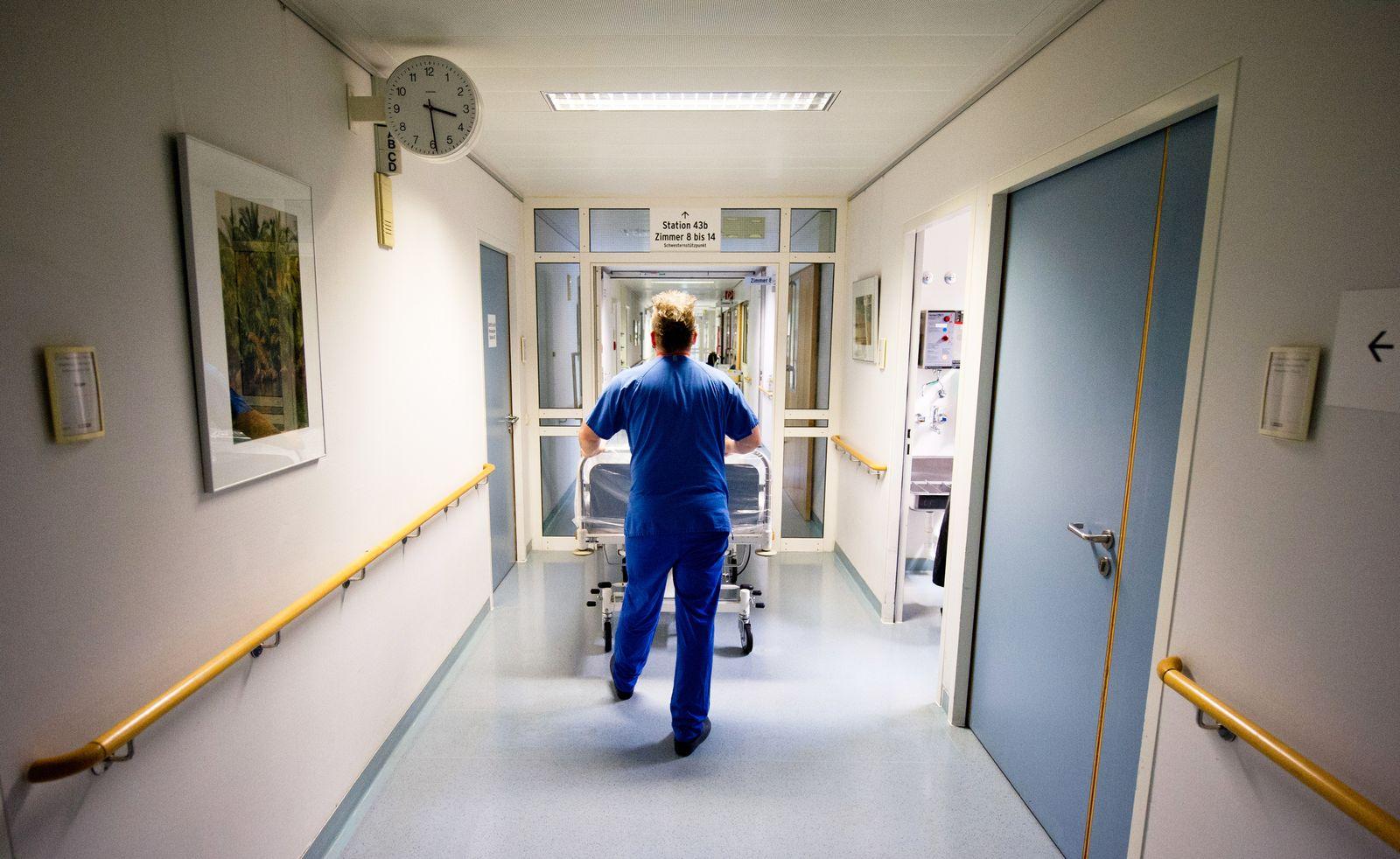 Krankenschwester / Pfleger / Krankenpfeleger