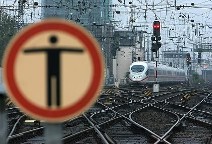 ICE am Kölner Hauptbahnhof: Affront gegen die Gewerkschaft
