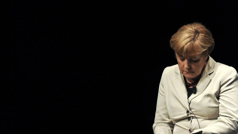Kanzlerin Merkel (Archivbild): Schwer zu erklärende Kehrtwende