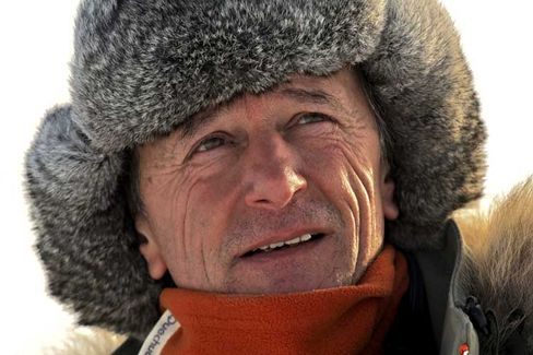 Adventurer Jean-Louis Etienne, who will lead the expedition, has crossed the Arctic on foot.