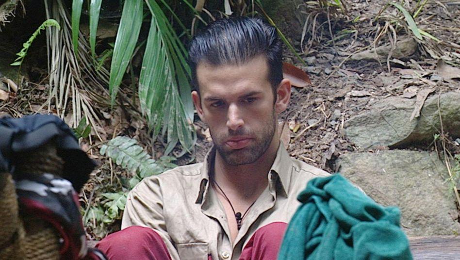 Dschungelcamp Jay Khan Im Krankenhaus Der Spiegel