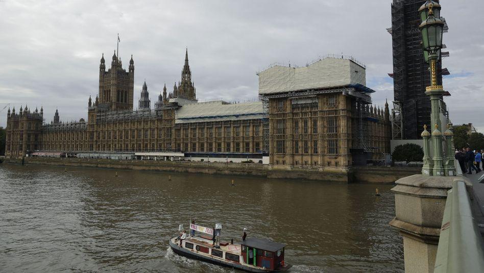 Britisches Parlament in London: Keinen Zentimeter bewegt