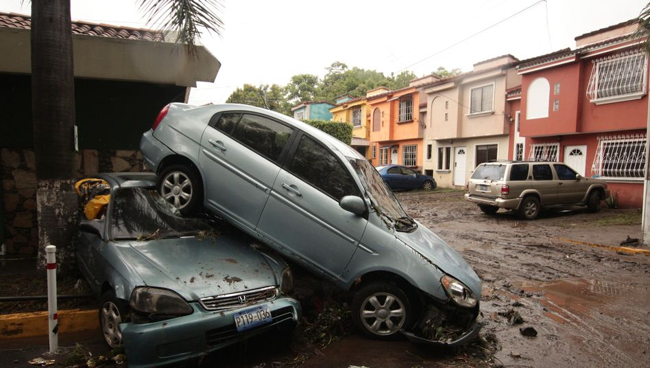 Bilder der Zerstörung in einem Viertel der Stadt San Salvador