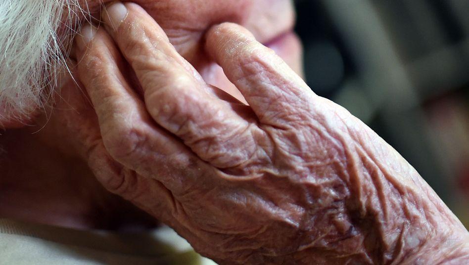 Bei 15 bis 20 Prozent der alten Patienten mit Alzheimersymptomen liegt wohl eine Late-Demenz vor